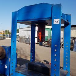 50 ton hydraulic press - Lot 16 (Auction 4424)