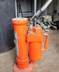10 ton pneumatic rib - Lot 14 (Auction 4425)