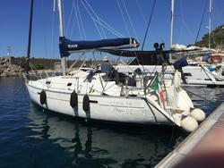 Beneteau Oceanis Clipper 331 Motorsailer - Lot 1 (Auction 4429)