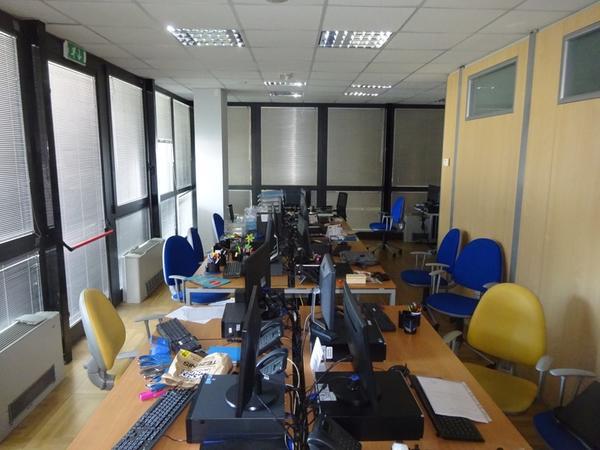 1#4436 Arredi e attrezzature per ufficio