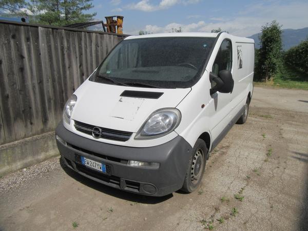 2#4439 Autocarro Opel Vivaro