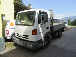 Nissan Atleon truck - Lot 6 (Auction 4439)