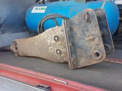 Telescopic Handler KOMATSU and Hydraulic Hammers TECNA - Lot  (Auction 4448)
