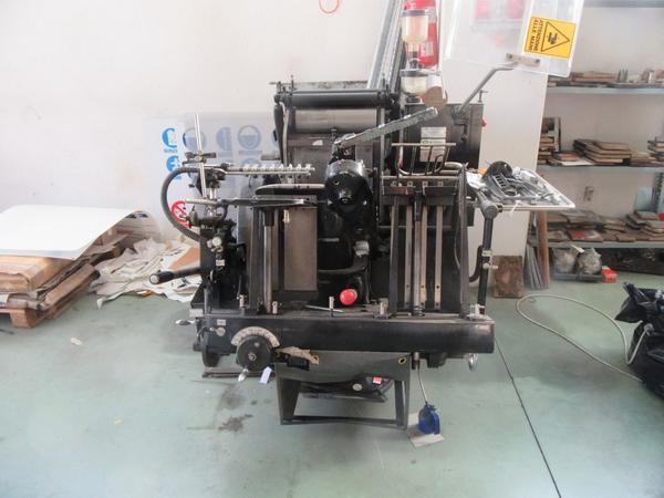 2#4450 Attrezzature produzione timbri e articoli cancelleria