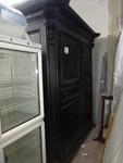 Wooden wardrobe - Lot 1 (Auction 44530)