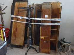 Wooden wardrobe - Lot 11 (Auction 44530)