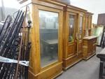 Bedroom furniture - Lot 12 (Auction 44530)