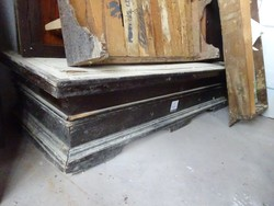 Wooden wardrobe - Lot 4 (Auction 44530)