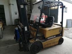 Caterpillar EP25K Forklift - Lot 7 (Auction 4454)