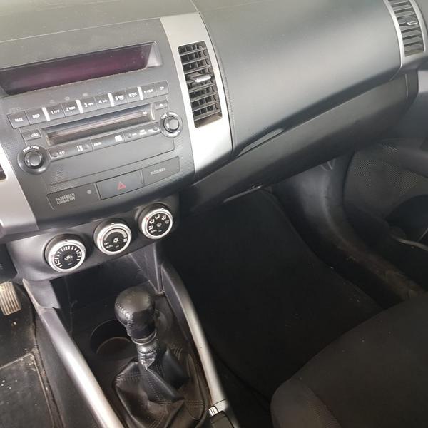 Immagine n. 12 - 5#4464 Autovettura Mitsubishi Outlander