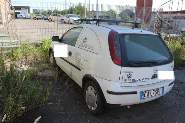 10#4475 Furgone Corsa Van