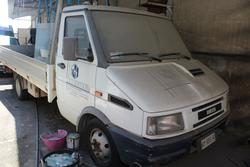 Autocarro Iveco Iveco