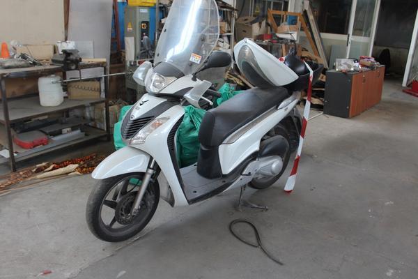 16#4475 Motociclo Honda