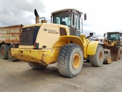 New Holland wheel loader - Lot 13 (Auction 4479)