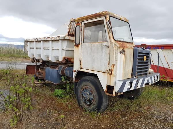 Immagine n. 1 - 54#4479 Camion da miniera Astra e autocarro Perlini