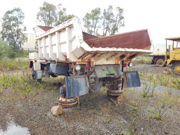 Immagine n. 3 - 54#4479 Camion da miniera Astra e autocarro Perlini