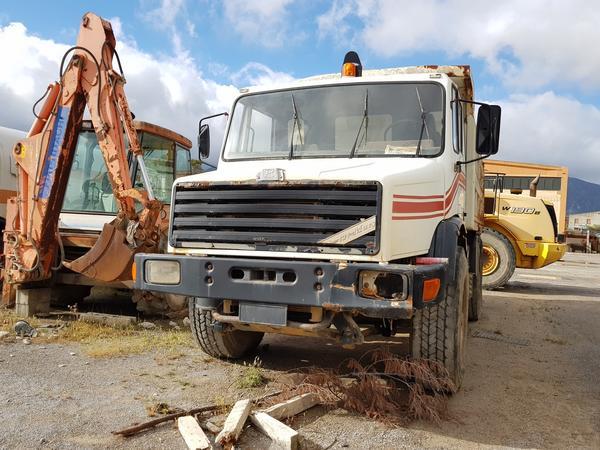 Immagine n. 8 - 54#4479 Camion da miniera Astra e autocarro Perlini