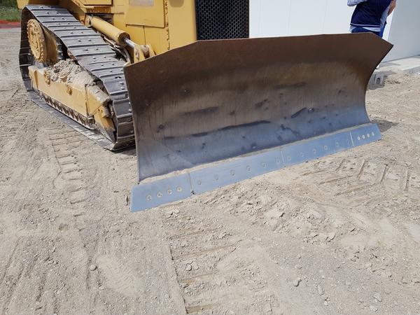 Immagine n. 21 - 56#4479 Ruspa cingolata Caterpillar e carrello elevatore Manitou