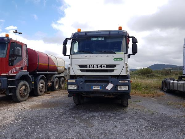 Immagine n. 2 - 60#4479 Camion Iveco
