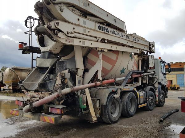 Immagine n. 4 - 61#4479 Betonpompa Iveco Trakker