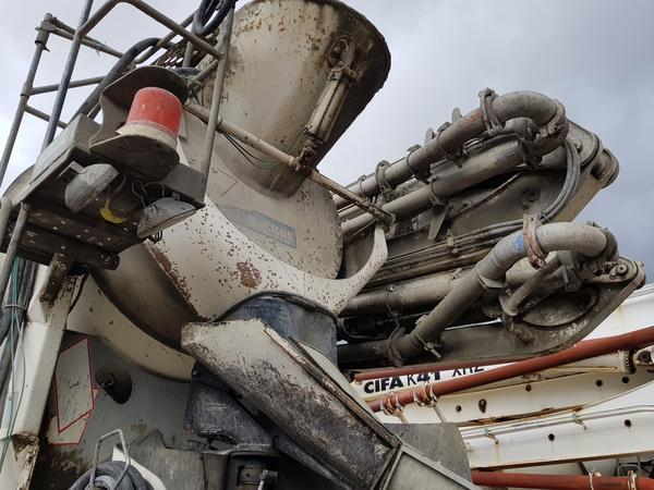 Immagine n. 6 - 61#4479 Betonpompa Iveco Trakker