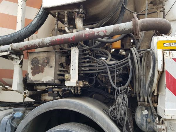 Immagine n. 18 - 61#4479 Betonpompa Iveco Trakker