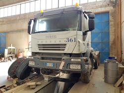 Iveco Trakker road tractor with Adige semi trailer - Lot 66 (Auction 4479)