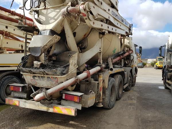 Immagine n. 11 - 75#4479 Betoniera Iveco Eurotrakker e betonpompa