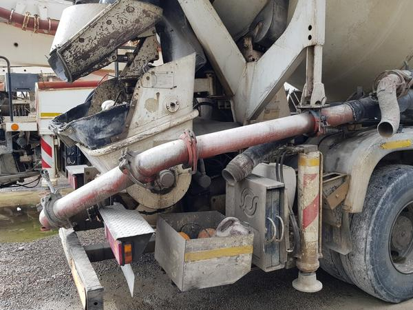 Immagine n. 14 - 75#4479 Betoniera Iveco Eurotrakker e betonpompa