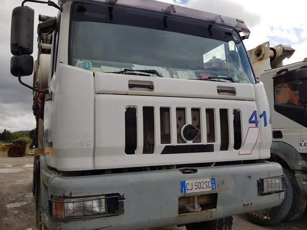 Immagine n. 17 - 75#4479 Betoniera Iveco Eurotrakker e betonpompa