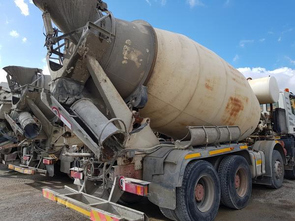 Immagine n. 41 - 75#4479 Betoniera Iveco Eurotrakker e betonpompa