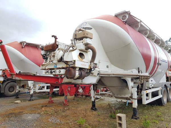Immagine n. 15 - 77#4479 Cisterne per cemento fuso Mistral