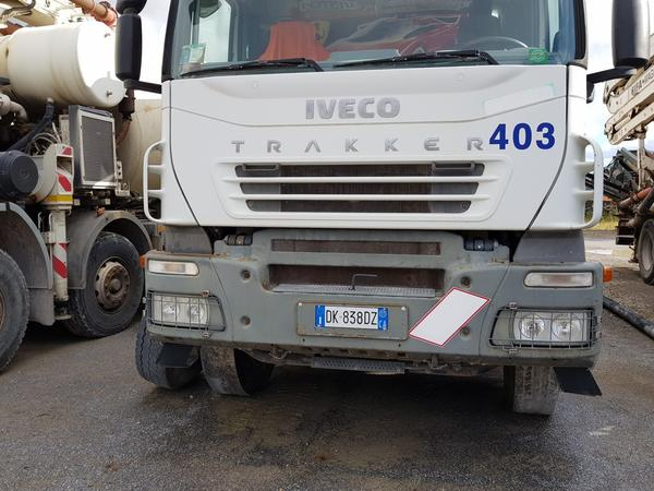 Immagine n. 3 - 81#4479 Pompa per calcestruzzo Iveco Euro Trakker