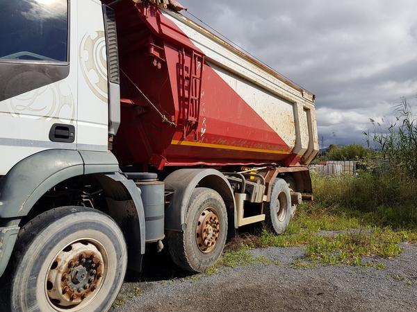 Immagine n. 4 - 83#4479 Camion Iveco Trakker e autocarro Iveco Daily