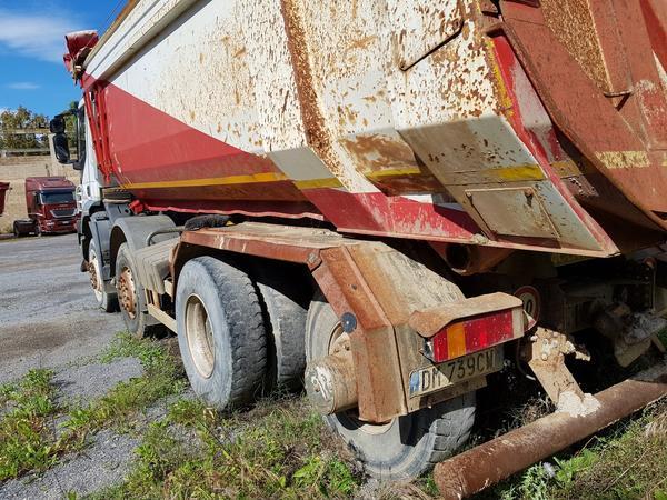 Immagine n. 8 - 83#4479 Camion Iveco Trakker e autocarro Iveco Daily