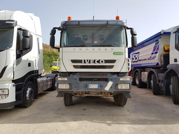 Immagine n. 2 - 87#4479 Camion Iveco Trakker