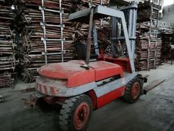 Linde forklift - Lot 16 (Auction 4493)