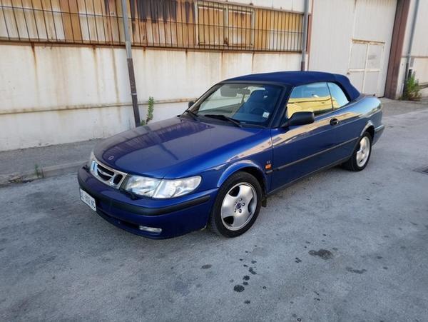 3#44940 Autovettura Saab