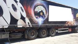 A  V semi trailer - Lote 18 (Subasta 4497)