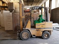 Caterpillar forklift and Cat pallet trucks - Lote 1 (Subasta 4499)