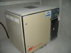 IR compressor and Atlas Copco dryer - Lote 10 (Subasta 4499)