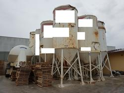 Silos and pumping plant - Lot 82 (Auction 4499)