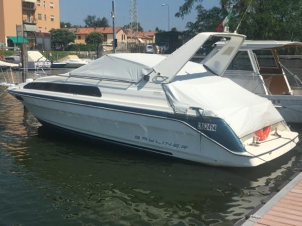 1#4500 Natante Semicabinato Bayliner Ciera 2855