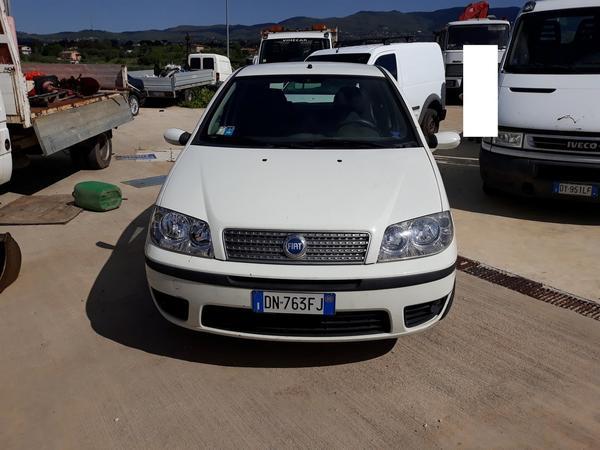 10#4515 Fiat Punto