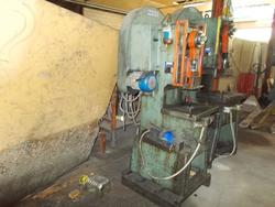 Mios Padova friction screw presses - Lote 38 (Subasta 4517)