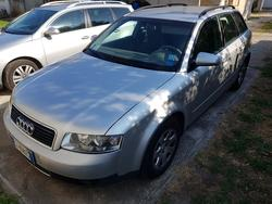 Audi A4 Avant car - Lot 4 (Auction 4520)