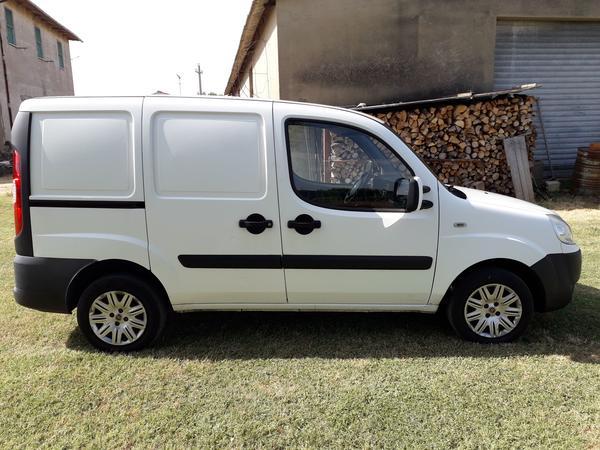 1#4529 Furgone Fiat Doblò