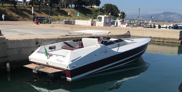 1#4534 Natante a motore open Cougar US1-33