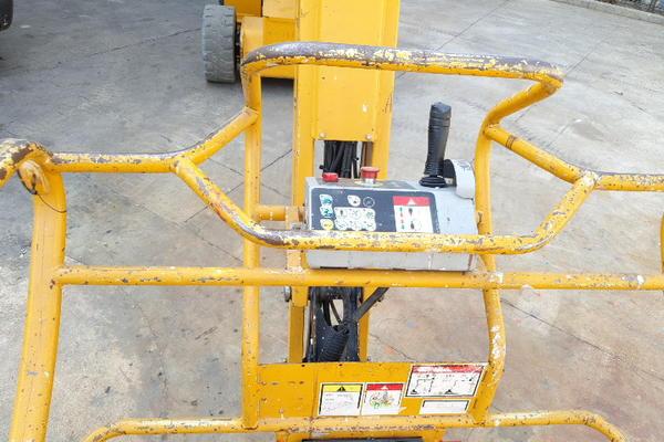 Immagine n. 8 - 4#4535 Piattaforma semovente articolata eletrica Haulotte HA15 ip