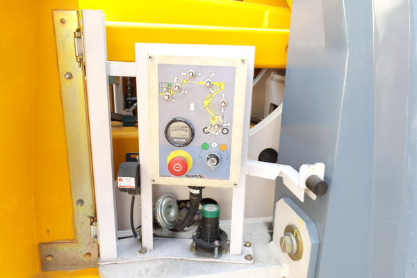 Immagine n. 19 - 4#4535 Piattaforma semovente articolata eletrica Haulotte HA15 ip